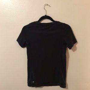 Lululemon simple black t-shirt